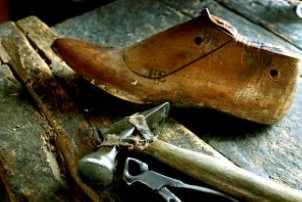 SHOE MAKERS
