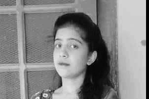टिपर दुर्घटना : आफ्नै विवाहको निम्तो बाँडेर फर्किँदै थिइन् रमिता